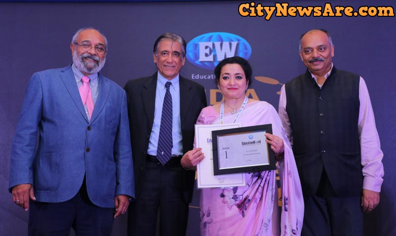 BhupinderGogia, Principal, Sat Paul Mittal School (Second from right) along with Sumer Singh, an eminent educationist (First from left), DilipThakore, Publisher, EducationWorld (Second from left), and Prem Palety, CEO, CFore at the announcement of EducationWorld India School Rankings (2018-19)