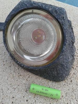 http://bombillasdebajoconsumo.blogspot.com.es/2015/09/balizas-led-y-las-pilas-recargables.html