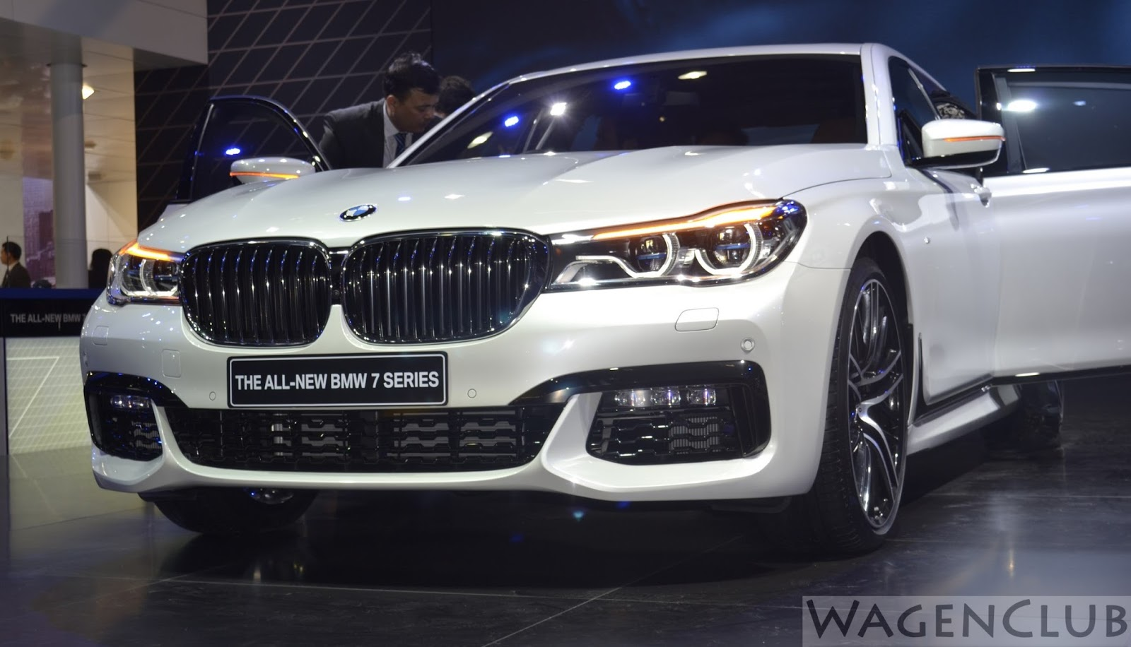 7 New Luxury Cars Coming Out For 2016: 2016 BMW 7-Series India Debut