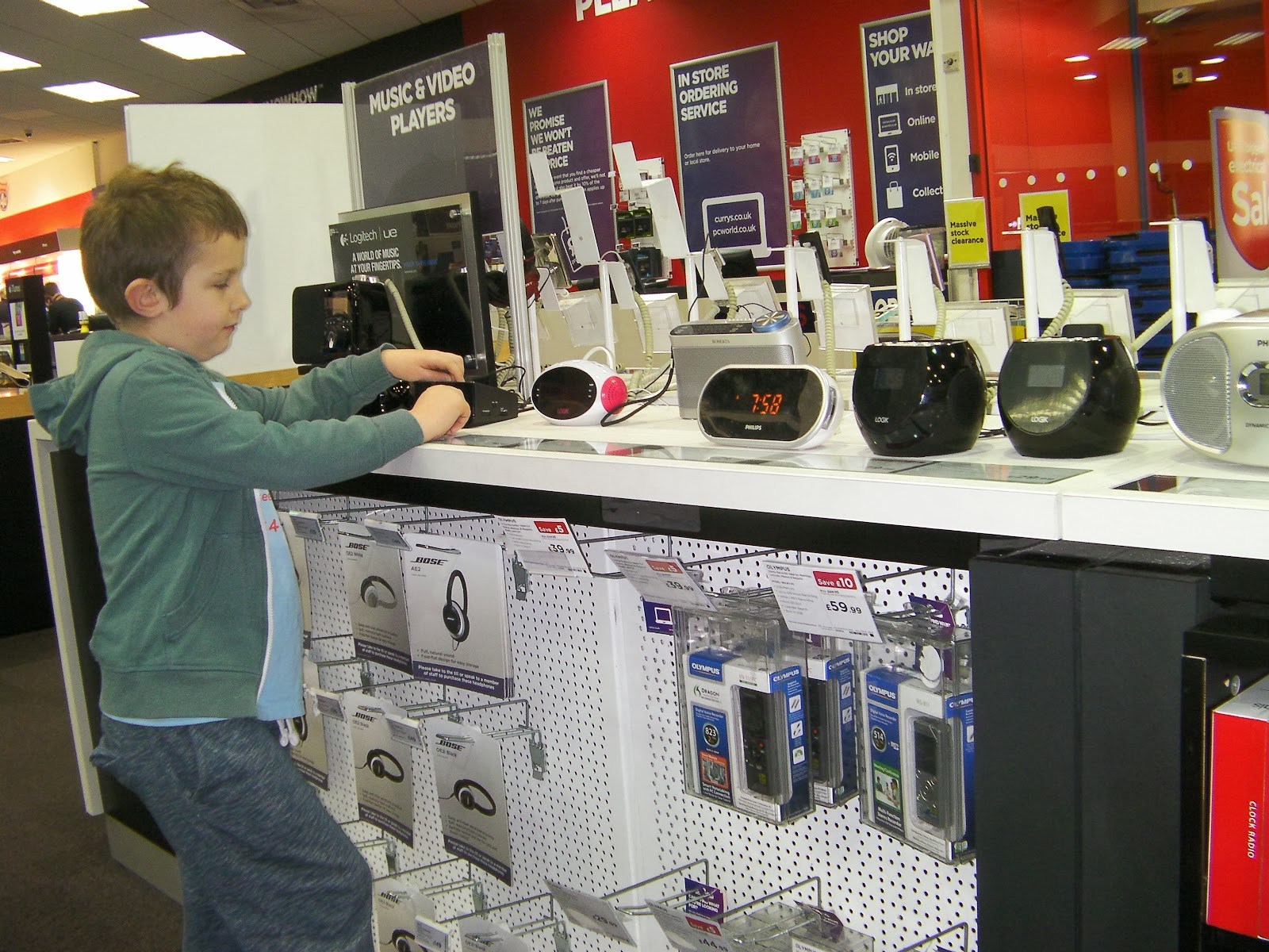 clock radios and digital tuners currys outlet