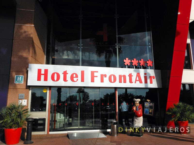 Hotel Frontair Congress 4* (Barcelona). Entrada