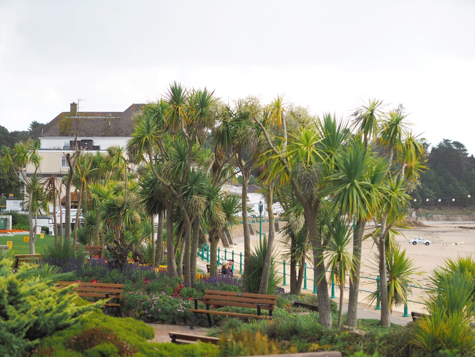Postcards from St Brelades Bay, Jersey, Channel Islands, Katie Kirk Loves, UK Blogger, Travel Blogger, St Brelades Bay Hotel, #VisitJersey, #TheIslandBreak, UK Travel, Travel Photography, Travel The World, Wanderlust, Women Who Explore, Girls That Wander, Femme Travel