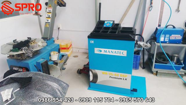 Máy cân mâm dùng trong gara ô tô chữa bệnh ô tô rung