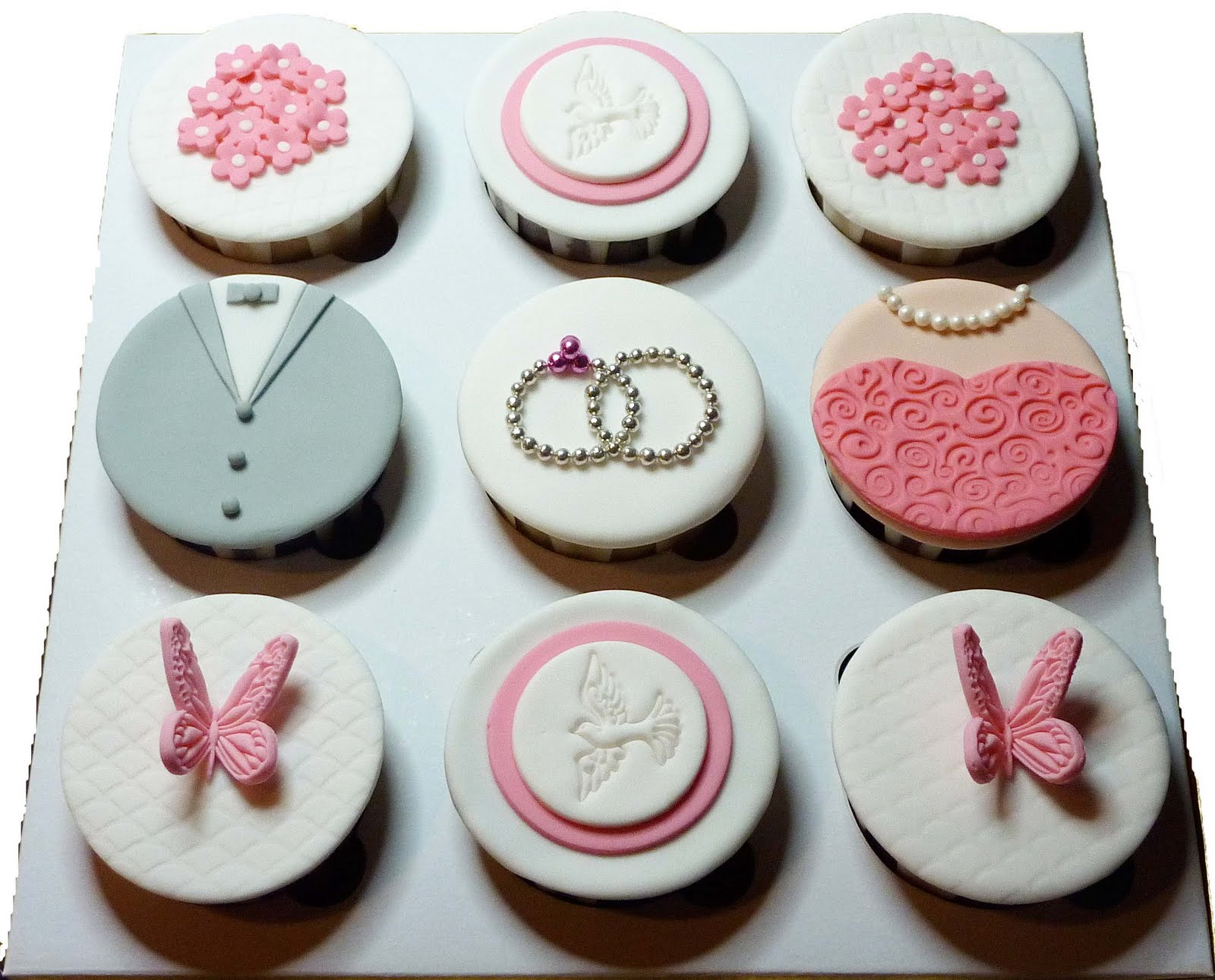 Little Miss Cupcakes Engagement Cupcakes