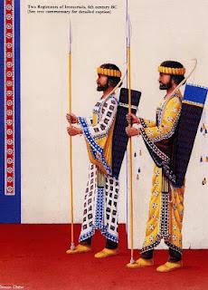Inmortales portando lanzas