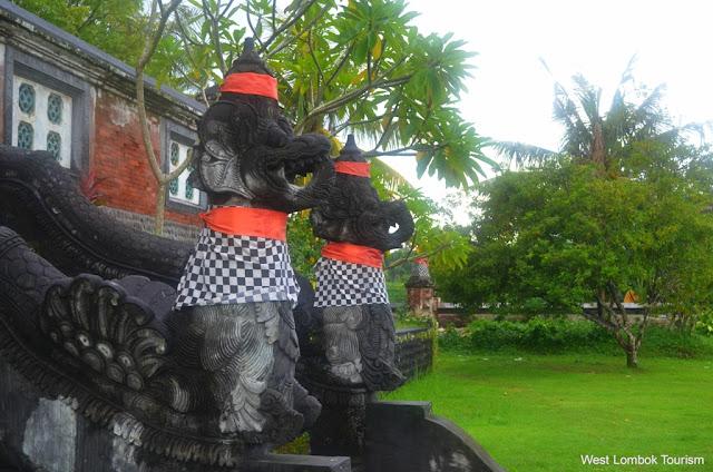 Pura Tertua di Lombok