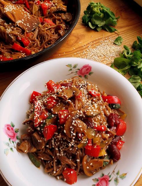 Makaron Soba z warzywami / Soba Noodles with Vegetables