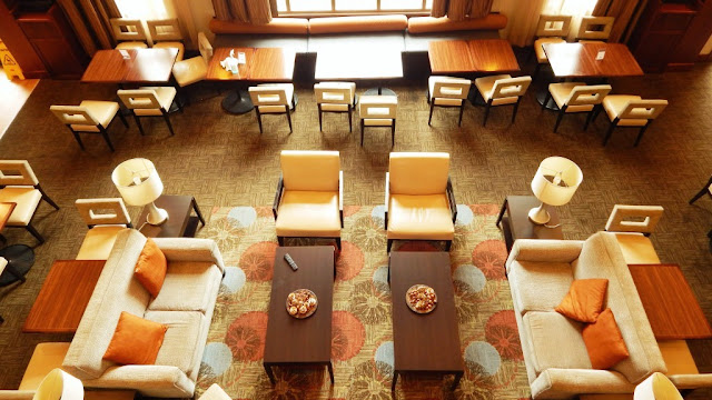 Dining/sitting area at the Staybridge Suites in Bowling Green Ky-CarmaPoodale