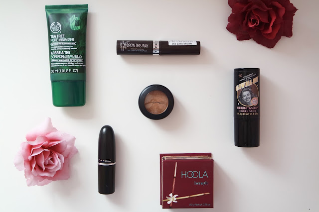 Holy grail must have products, The Body Shop Tea Tree Pore Minimiser, MAC Lipsticks, Benefit Hoola Bronzer, MAC Amber Lights Eyeshadow, Soap and Glory Glow All Out Cream Highlight, Highlight and Contour, Primer, Highend and Drugstore Makeup, Beauty blogger, Makeup , Flowers, Photography, Beauty, Products, Katielou99