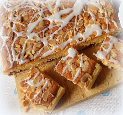 Bakewell Slices