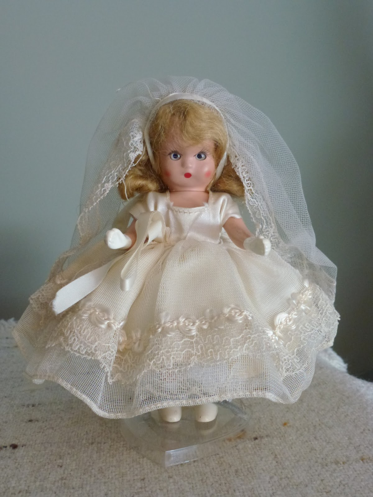 """Nancy Ann Storybook Dolls: Commencement Series #73 """"FIRST ..."""