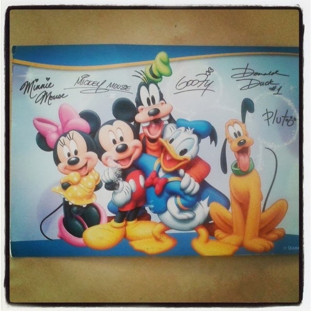 b545fb4bd0f It s great how something so simple can make a child so happy! If you have a  little one at home that would love a postcard from Disney then the address  to ...