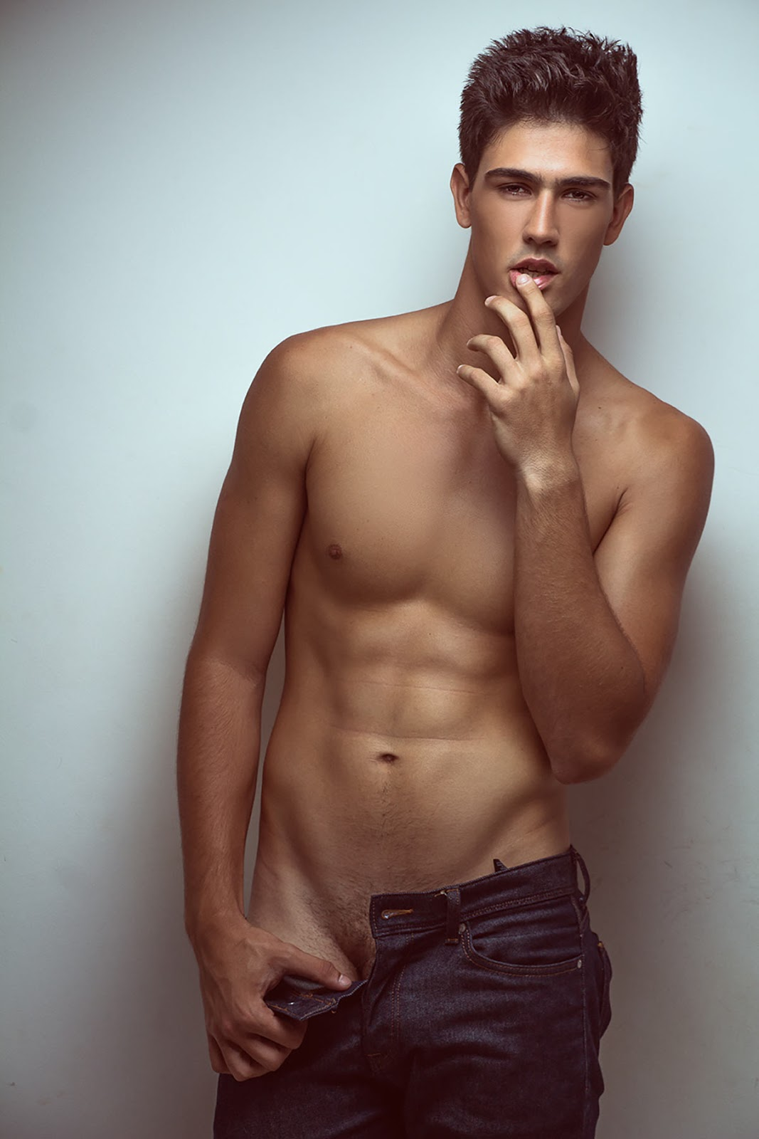 nude hot brazilian men