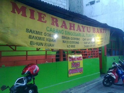 Sedapnya Kuliner Malang Lomie Ala Warmie Rahayu Bhakti
