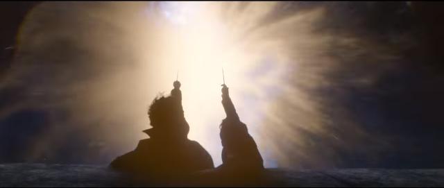 Нют и Тезей Скамандър се противопоставят на Протего диаболика