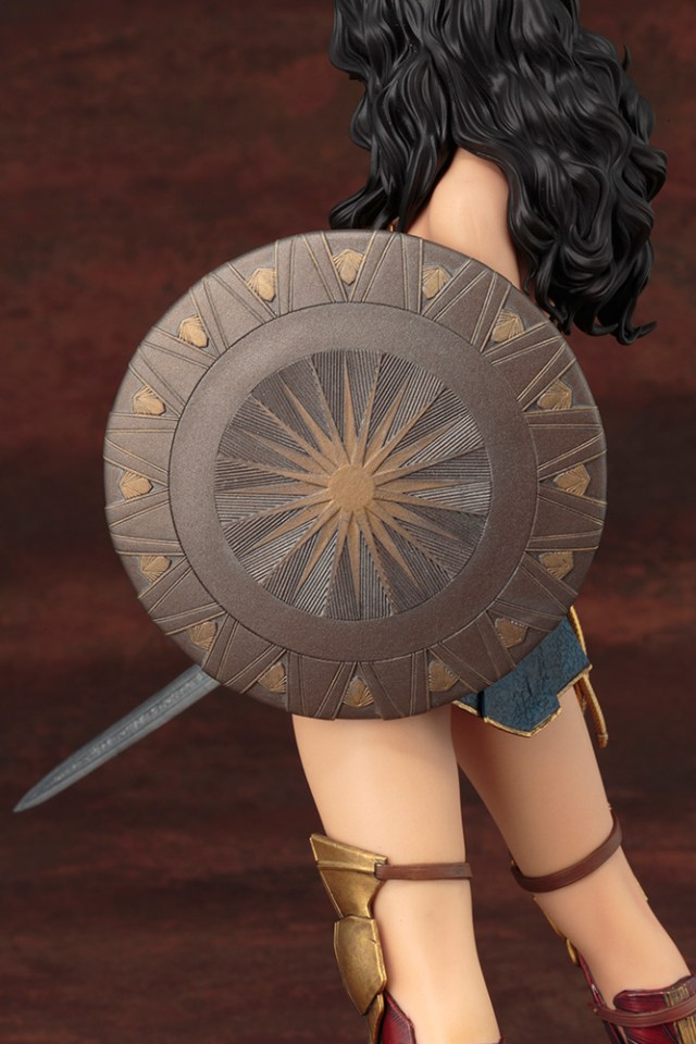 Action Figures: Marvel, DC, etc. - Página 5 WonderWoman_08