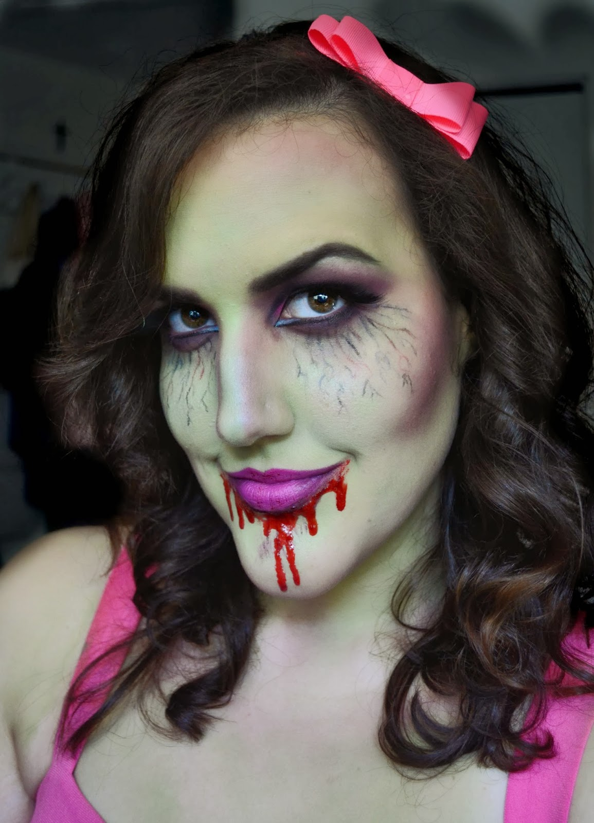 halloween makeup zombie girl -#main