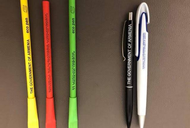 Pashinyan comienza a usar bolígrafos ecológicos