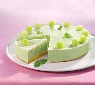 Frozen melon cake recipe