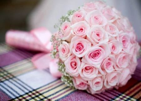 model Contoh Hand bouquet pengantin