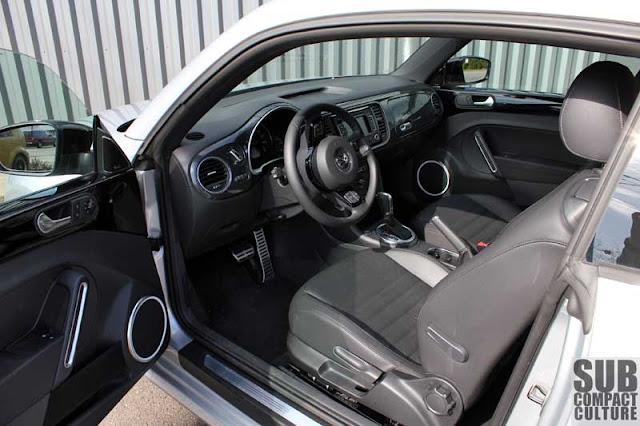 2012 Volkswagen Beetle Turbo interior