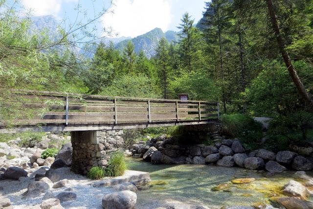 l 39 escursione ai piani eterni partendo dal lago della stua