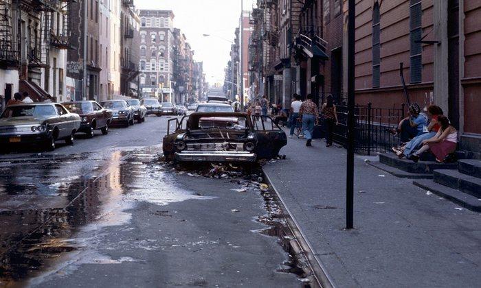 Harlem coche abandonado en Nueva York