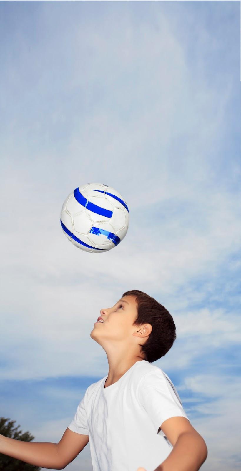Fútbol  Rematar el balón con la cabeza puede causar lesiones cerebrales en  niños 563529e6fe98d