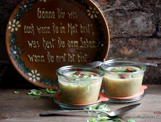 Kartoffel-Linsen Suppe mit Bratwurstklößchen