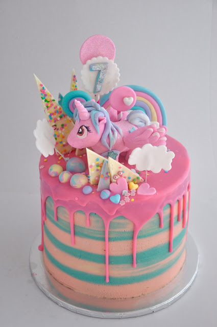 Rozannes Cakes My Little Pony crazy cake