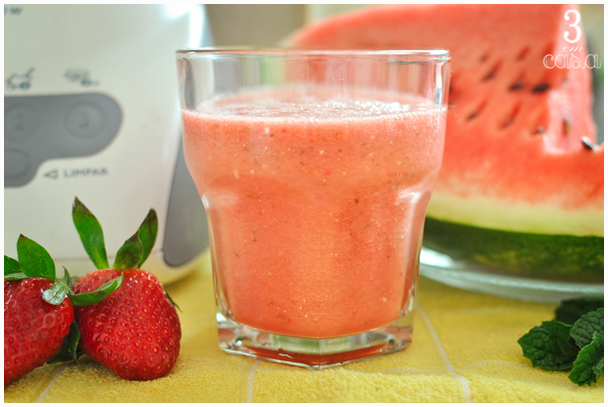 suco de melancia com hortelã