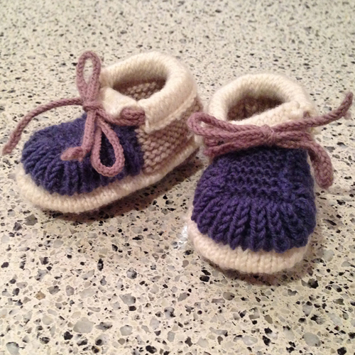 Knitted Baby Booties - Free English Pattern