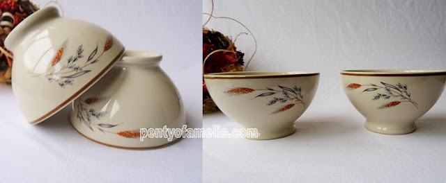 Pair of Stoneware Coffee or Soup Bowls, French breakfast style.Vintage Medium Footed Latte Bol, cafe au lait bowls with gorgeous Ear of Wheat motif Autumn period