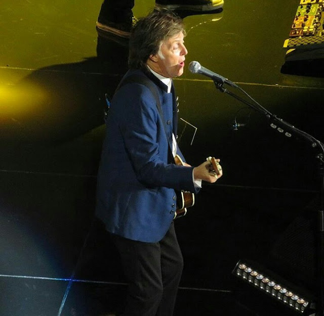 Paul On The Run Paul Mccartney Second Night In Newark Prudential Center Sept 12 2017