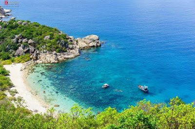 clear and blue water at Binh Ba