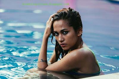Hot girl infosys swathi beach module semi nude