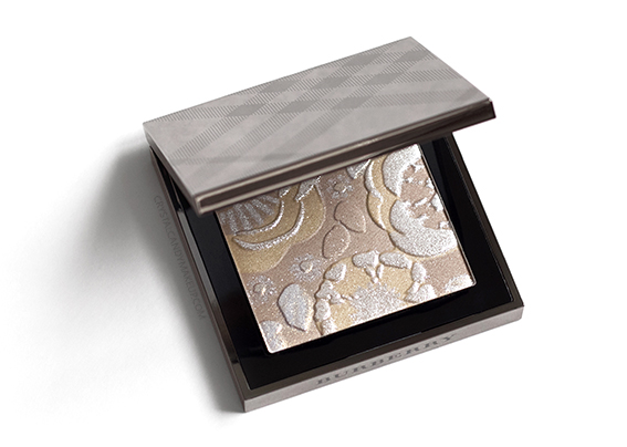 Burberry Runway Palette Fall 2016 Illuminating Powder Review Photos Swatches