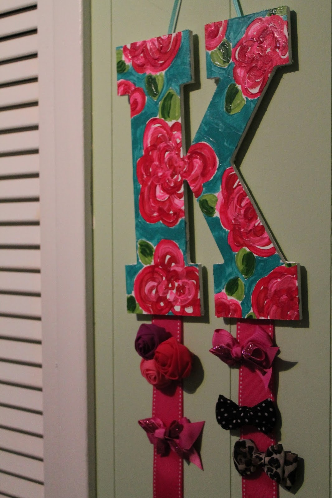 Pugs & Pearls: DIY Hair-Bow Holder and Lilly Pulitzer ...