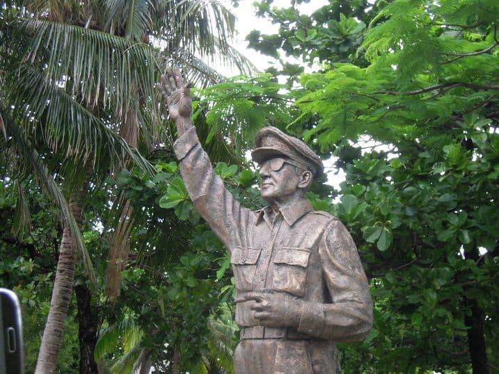 Life-size bronze statue of General Douglas MacArthur at Corregidor Island