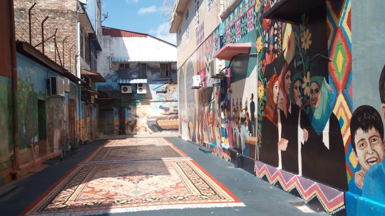 Tanks alibaba carpets palestine solidarity murals at for Mural 1 malaysia