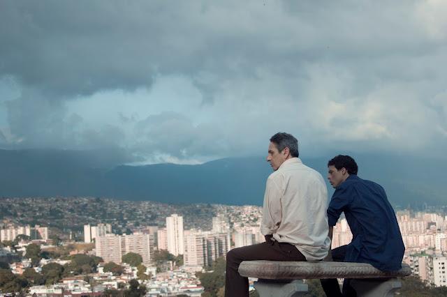 Póster y tráiler de 'Desde allá' de Lorenzo Vigas