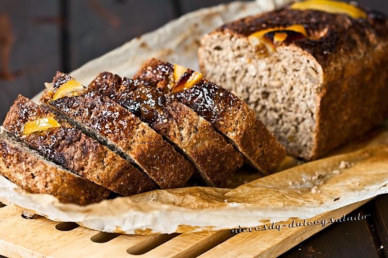 Pan de Salvado de Avena con Naranja, Limón y Castañas en Almíbar