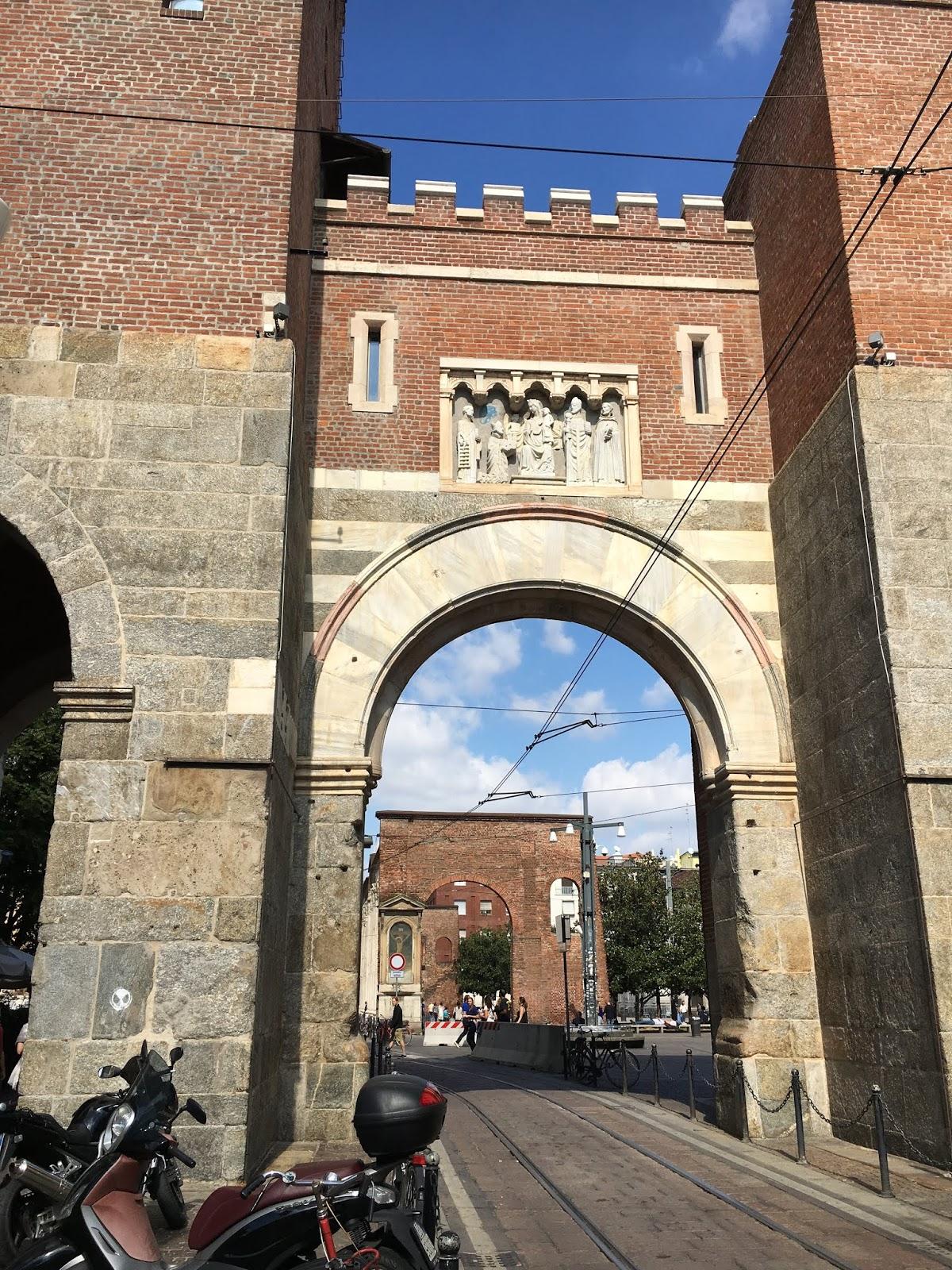 Colonne di San Lorenzo - Milan, Italy - Travel is my ...
