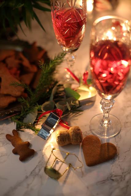 Glöet, joulukuohuva, piparkakut, joulu