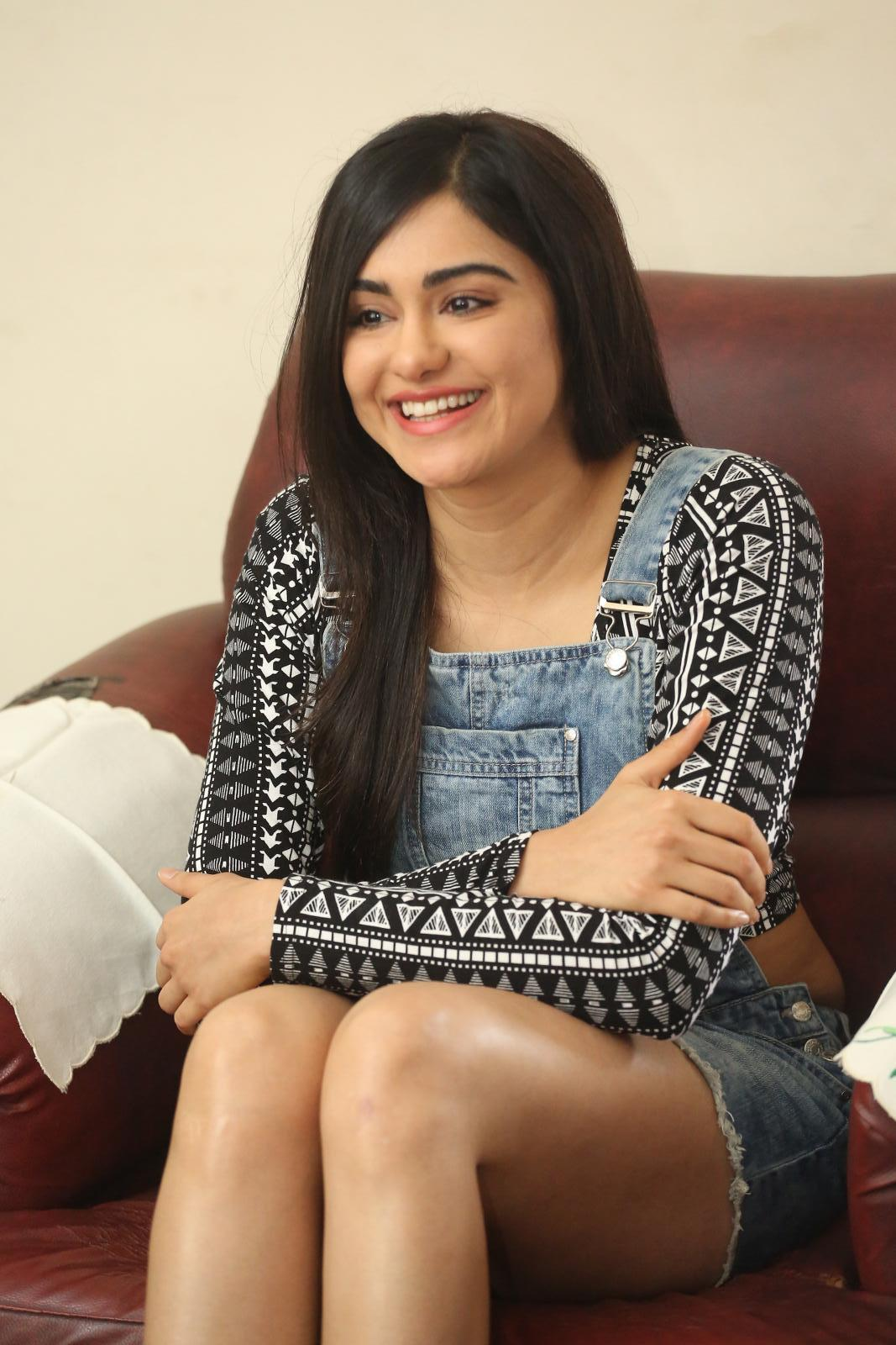 Adah Sharma Thigh Show Stills