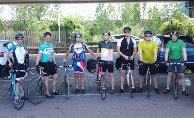 Cycling Tuscany to Siena and Chianti region carbon road bike rental shop in Florence