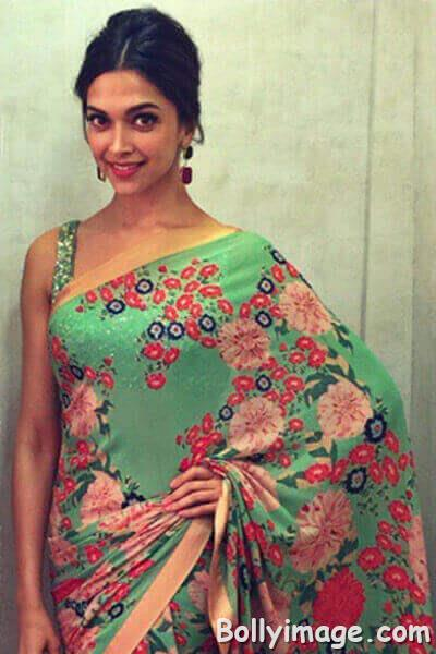 deepika padukone looks cute in saree pic