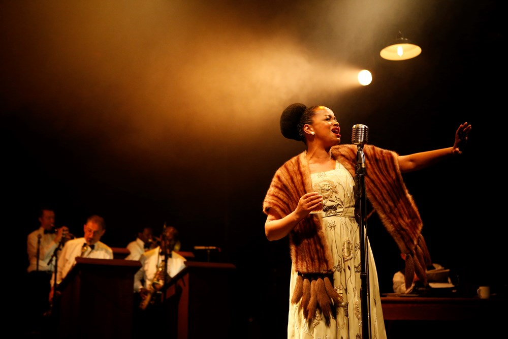 Review Cafe Society Swing At The Theatre Royal Stratford East