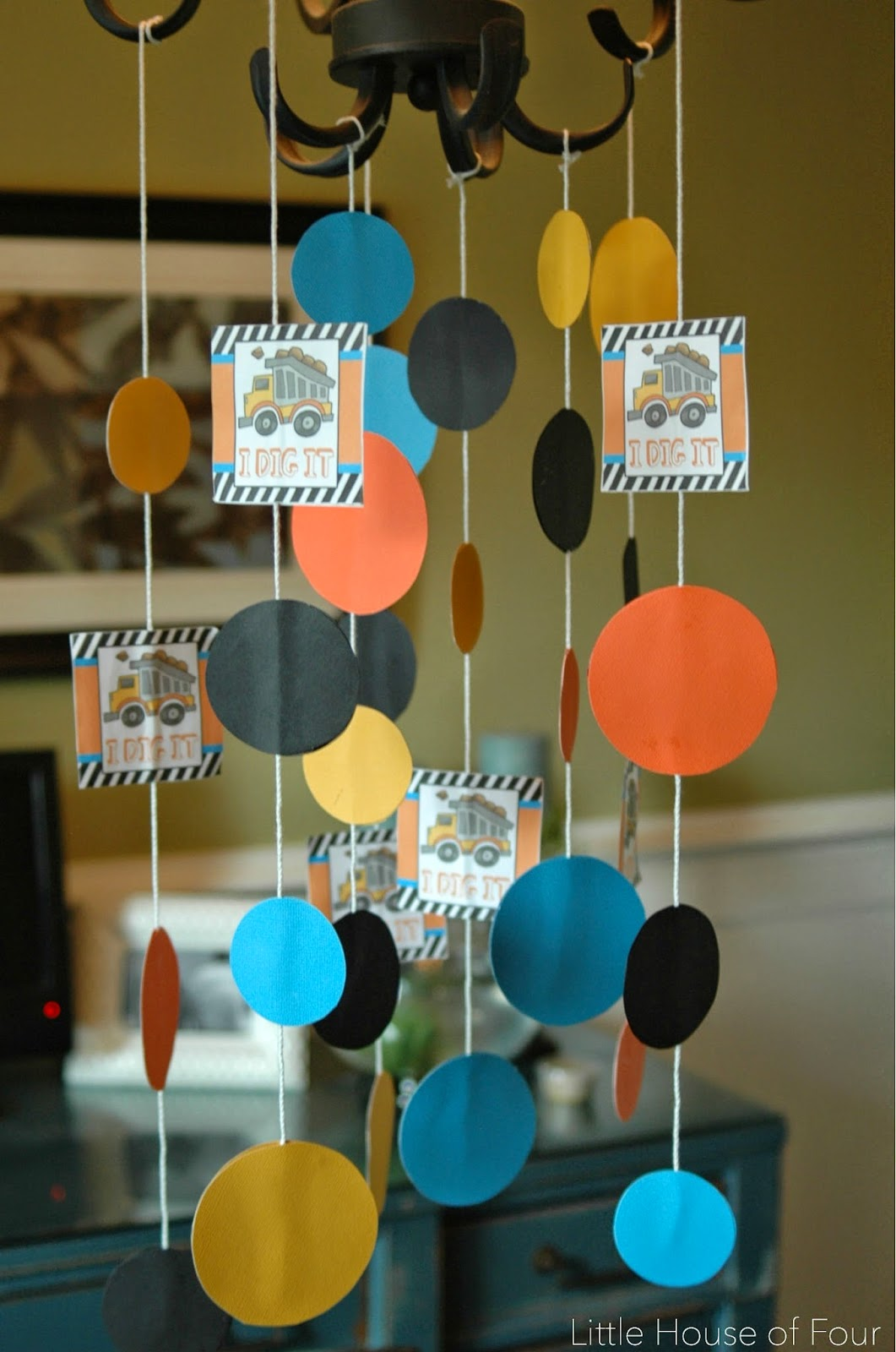 DIY Construction party decor