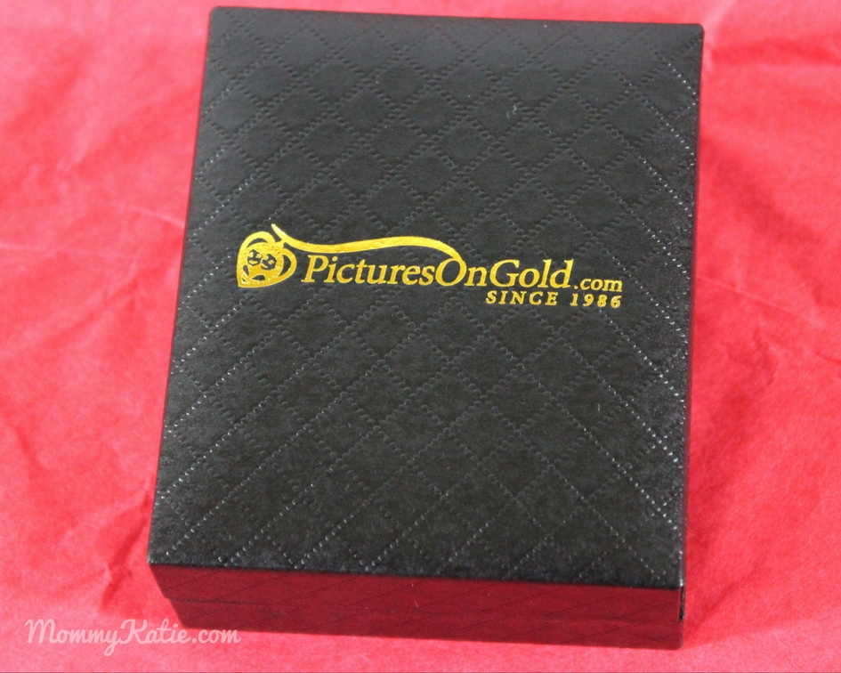 #Giveaway Valentines Day Gifts from Pictures on Gold